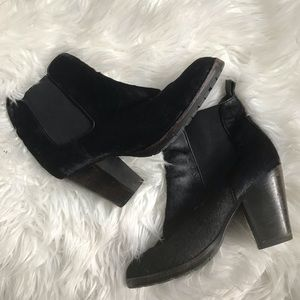 Frye Black Hair Calf Heeled Chelsea Boots